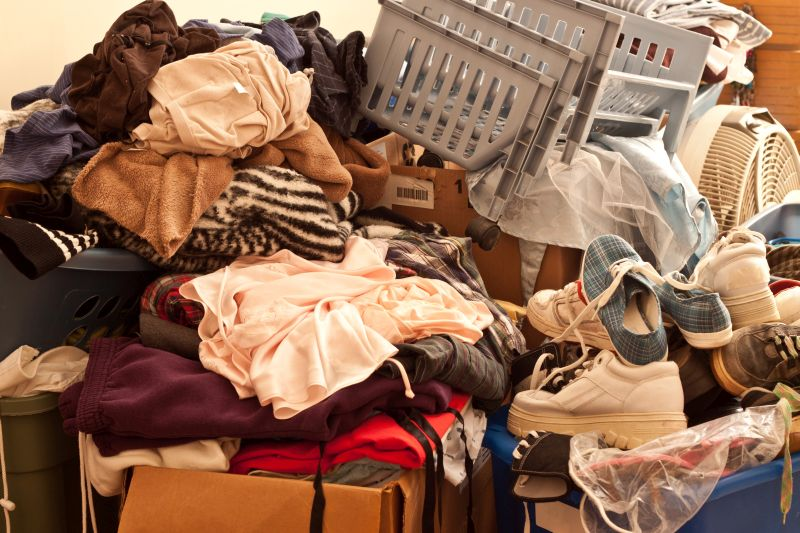 What are the reasons why we keep clutter and as of when are we considered to be a hoarder? Let's explore beyond the endowment effect why we keep clutter. www.connygraf.com